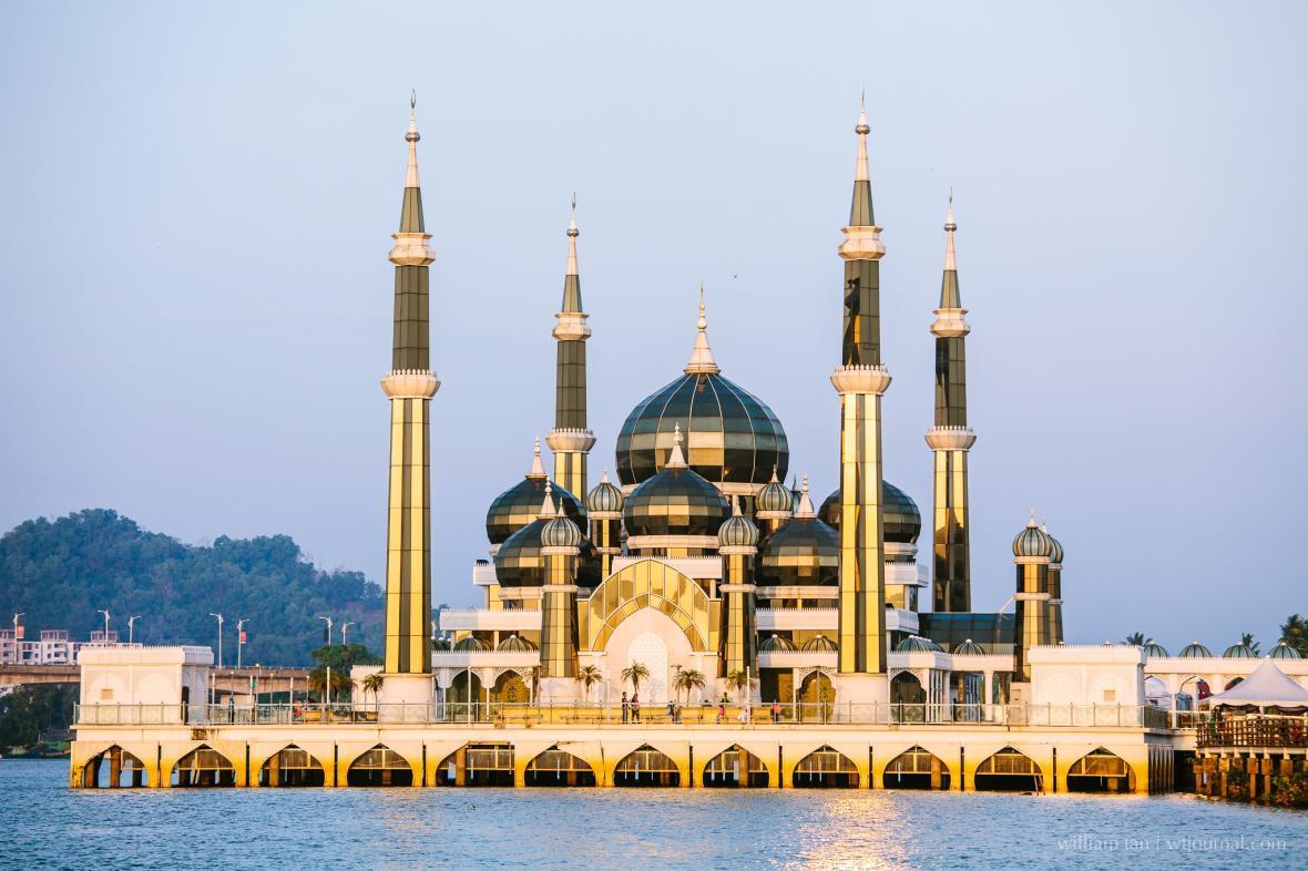 آشنایی با مسجد کریستالی (Crystal Mosque) مالزی