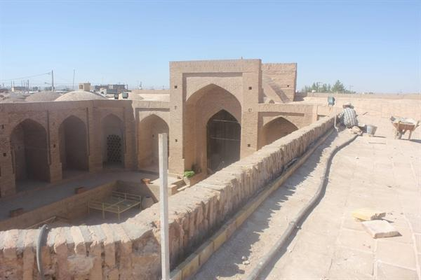مرمت و بهسازی موزه صنایع دستی و مردم شناسی سرایان