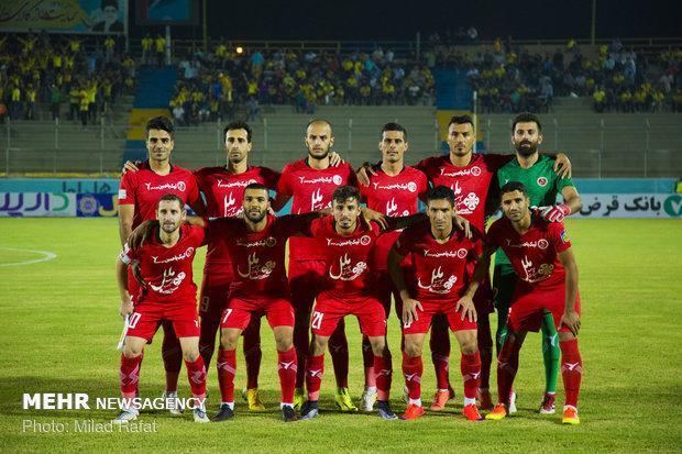 قرارداد مدافع تیم فوتبال پدیده با اکسین البرز غیر قانونی است