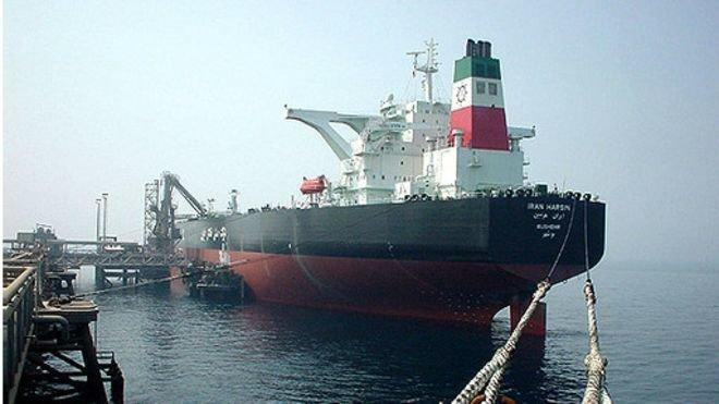 رویترز: ایران باوجود تحریم آمریکا پیروز به تخلیه نفت خود در بندر چینی شد