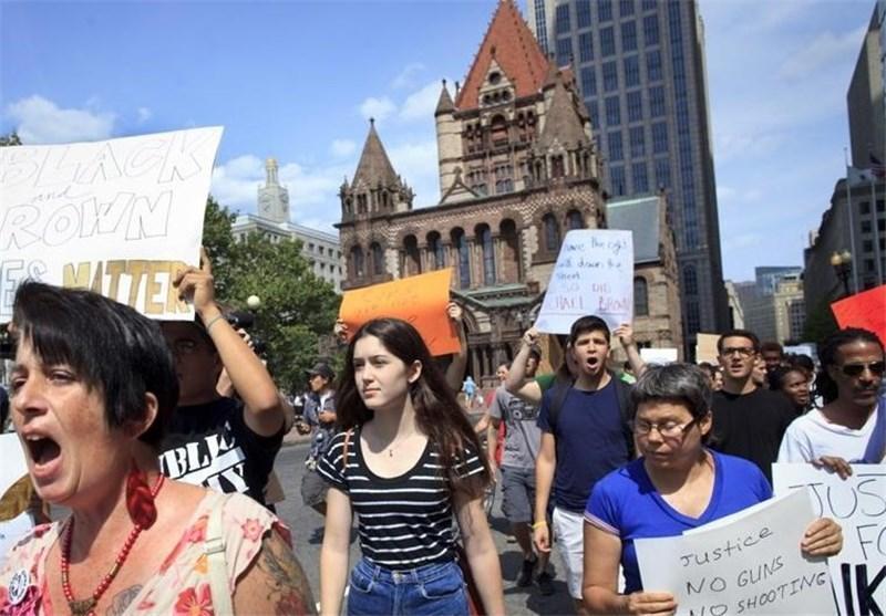 امواج گسترده اعتراض به سیاست تبعیضآمریکا، تورنتو و بوستون صحنه اعتراضات به قتل جوان سیاهپوست