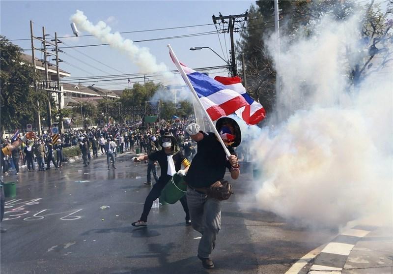 زخمی شدن دو معترض تایلندی در تیراندازی نیروهای پلیس