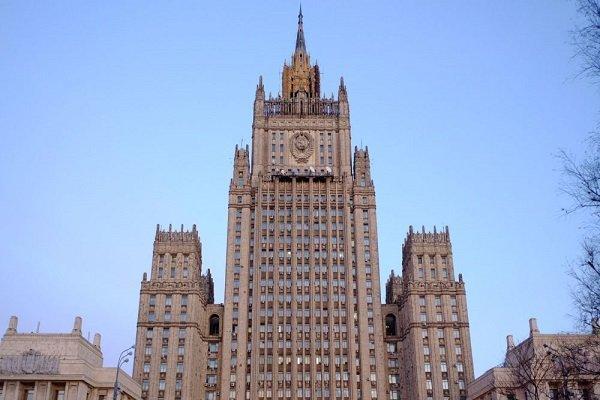 تکذیب تعطیلیِ مدرسه دیپلمات های آمریکا، انگلیس و کانادا در مسکو