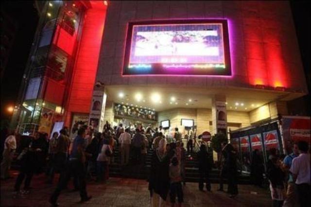 آمار فروش فیلم های روی پرده سینماها ، به رنگ پاییز