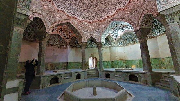 مجموعه تاریخی کردشت در انتظار بهره بردار جدید ، حمام عباس میرزا را با سرامیک سبز مرمت کردند!