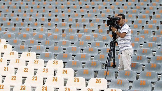 صداوسیما نه، تلویزیون های اینترنتی حق فوتبال را می دهند!