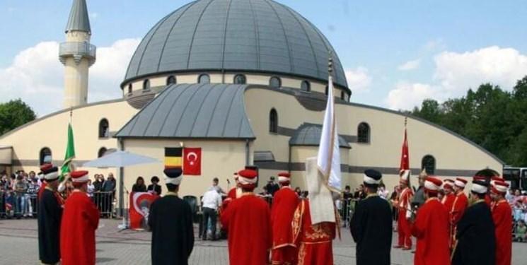 انتقاد روزنامه بلژیکی از اعزام روحانیون ترکیه ای به مساجد این کشور