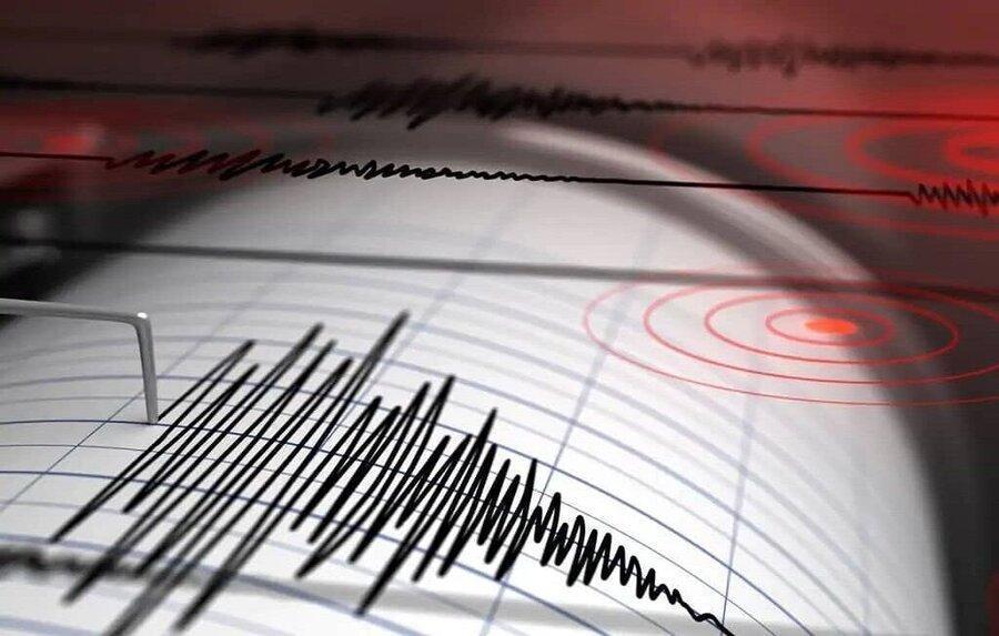 زلزله شدید در هرمزگان ، مردم وحشت زده از خانه ها بیرون ریختند