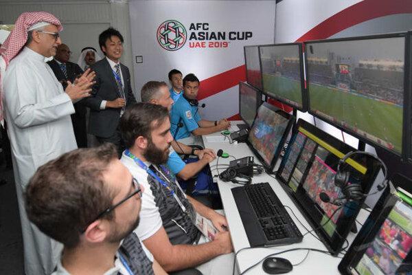 معضل سخت افزاری برای فوتبال ایران، VAR وارد لیگ قهرمانان آسیا شد