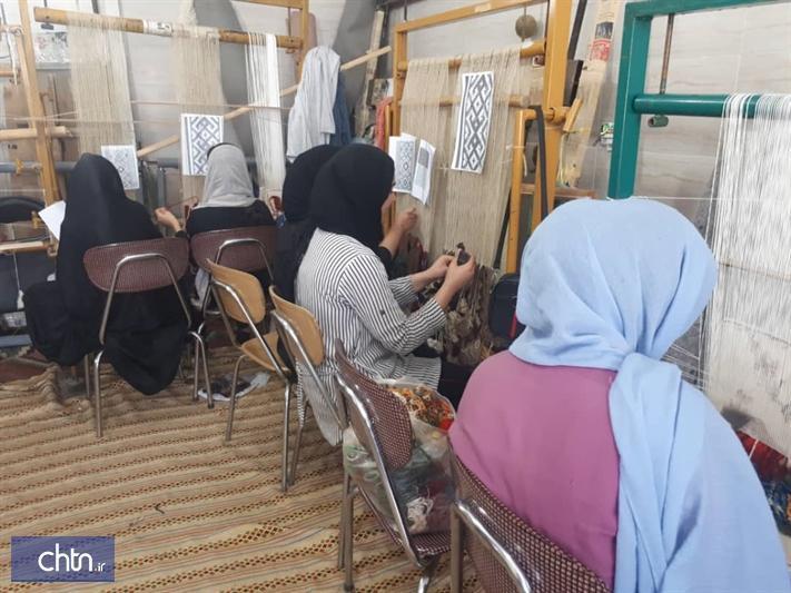 تدوین پروژه های جهش فراوری با موضوع صنایع دستی سمنان
