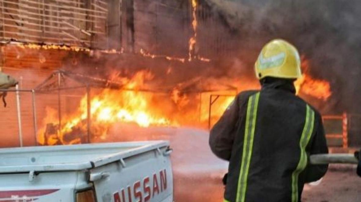 کارخانه تولید لبنیات عراق آتش گرفت