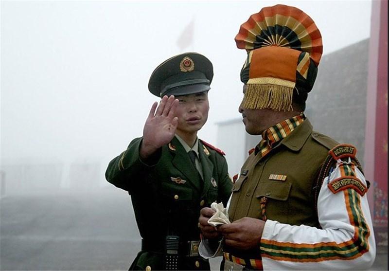 نگرانی هند از استقرار تجهیزات سنگین نظامی توسط چین در مرز مشترک