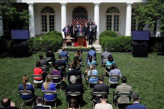 خبرنگاران حفظ ظاهر در کاخ سفید به قیمت بازی با جان خبرنگاران