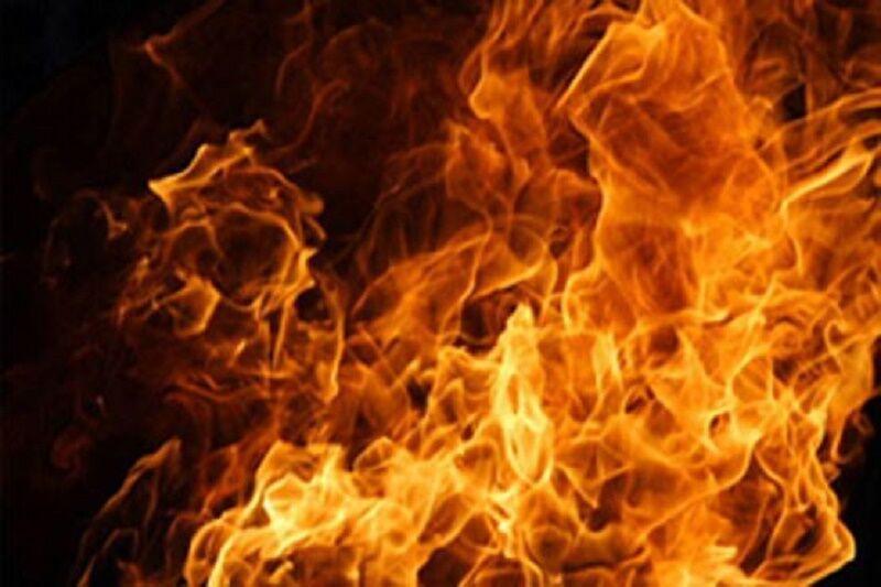 خبرنگاران آتش سوزی در مجتمع تجاری قلهک تهران