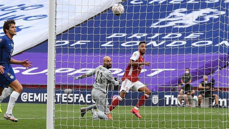 چهاردهمین قهرمانی آرسنال در جام حذفی انگلیس