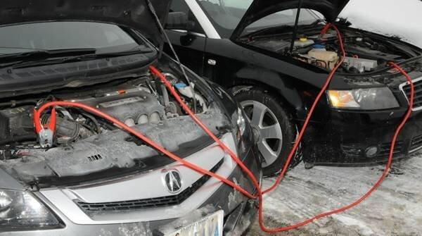چگونه خودرو را باتری به باتری کنیم؟ ، روش صحیح باتری به باتری کردن ماشین در شرایط اضطراری