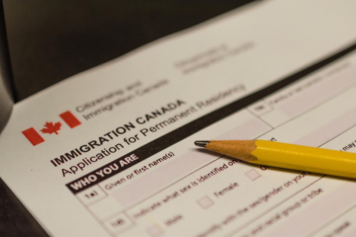مهاجرت به کانادا، طعمه کلاهبرداران در کمین متقاضیان کار