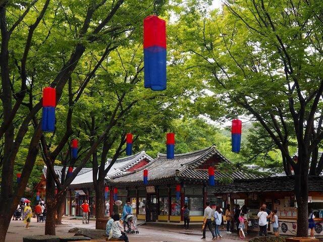 با سرزمین پارک مدرن و خانه های سنتی کره آشنا شوید