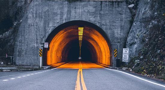 اقداماتی برای کاهش تصادفات ناشی از نور تونل ها