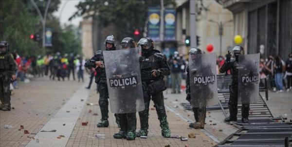 17 کشته و 800 مجروح در بزرگترین تظاهرات ضد دولتی در کلمبیا