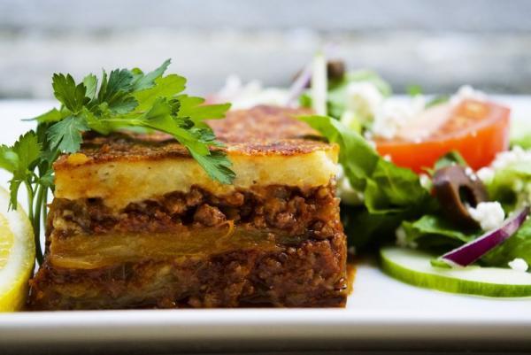 غذاهایی که باید در یونان امتحان کنید