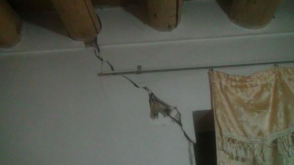 خبرنگاران زلزله در سنخواست خراسان شمالی به بعضی از منازل مسکونی خسارت وارد کرد