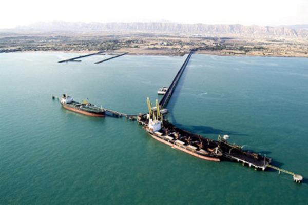 نفت ایران به سواحل دریای عمان رسید