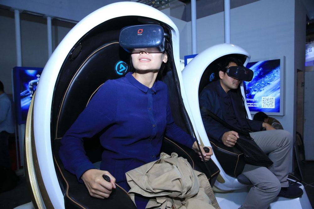 هجوم مردم چین به نمایشگاه های واقعیت مجازی