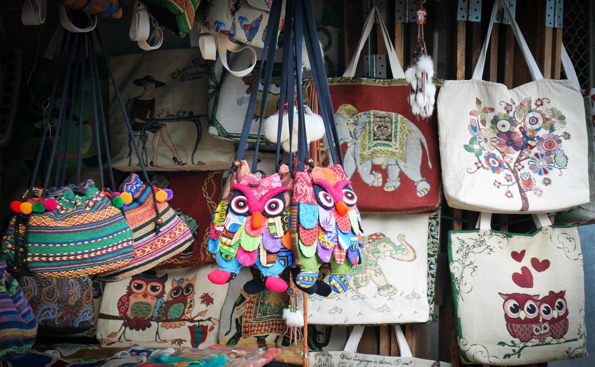 خرید در یکشنبه بازار چیانگ مای