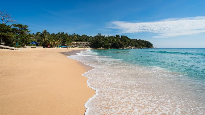 ساحل زیبای کارن در پوکت